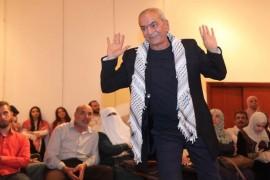 سأموت في المنفى: الفلسطيني الذي حول الشتات حياته إلى بدل فاقد