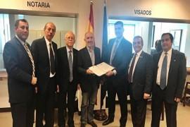 وفد لبناني في قنصلية إسبانيا في لوس انجلوس شاكراً المملكة على تكريم علم لبنان في عيد إسبانيا الوطني